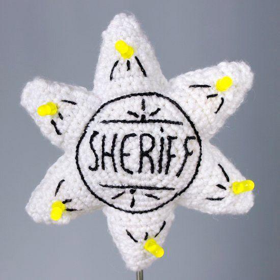 Amigurumi Sheriff Star with LEDS