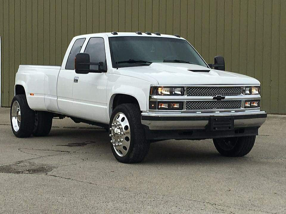 96 Chevy Dually On Semi Wheels Built By Heavy S Vehicle