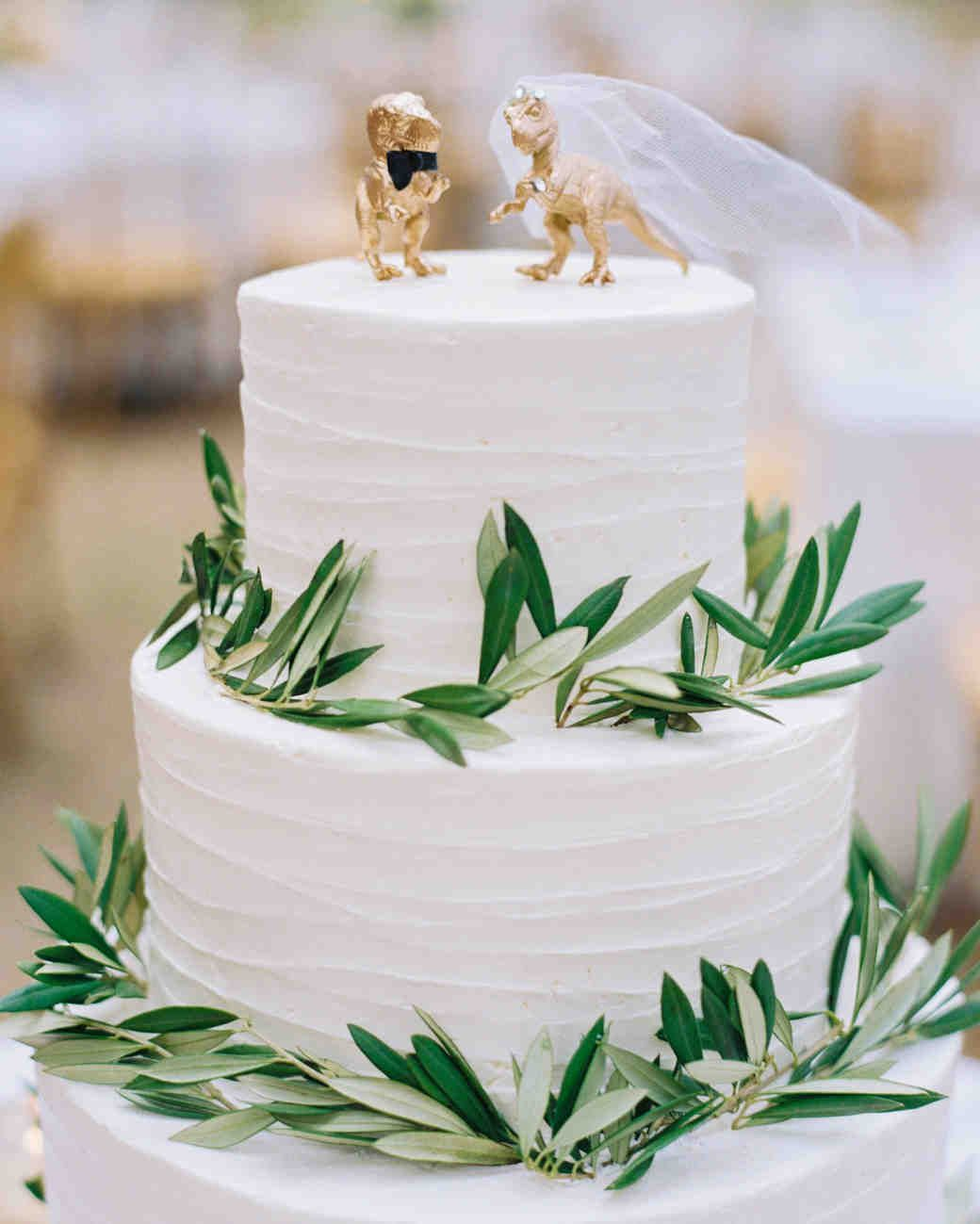 36 Of The Best Wedding Cake Toppers With Images Wedding Cake