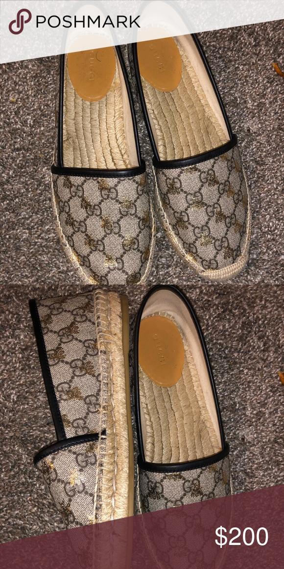 4541a6645 Bee Gucci Espadrilles Black & Gold Gucci Espadrilles Worn Twice Gucci Shoes