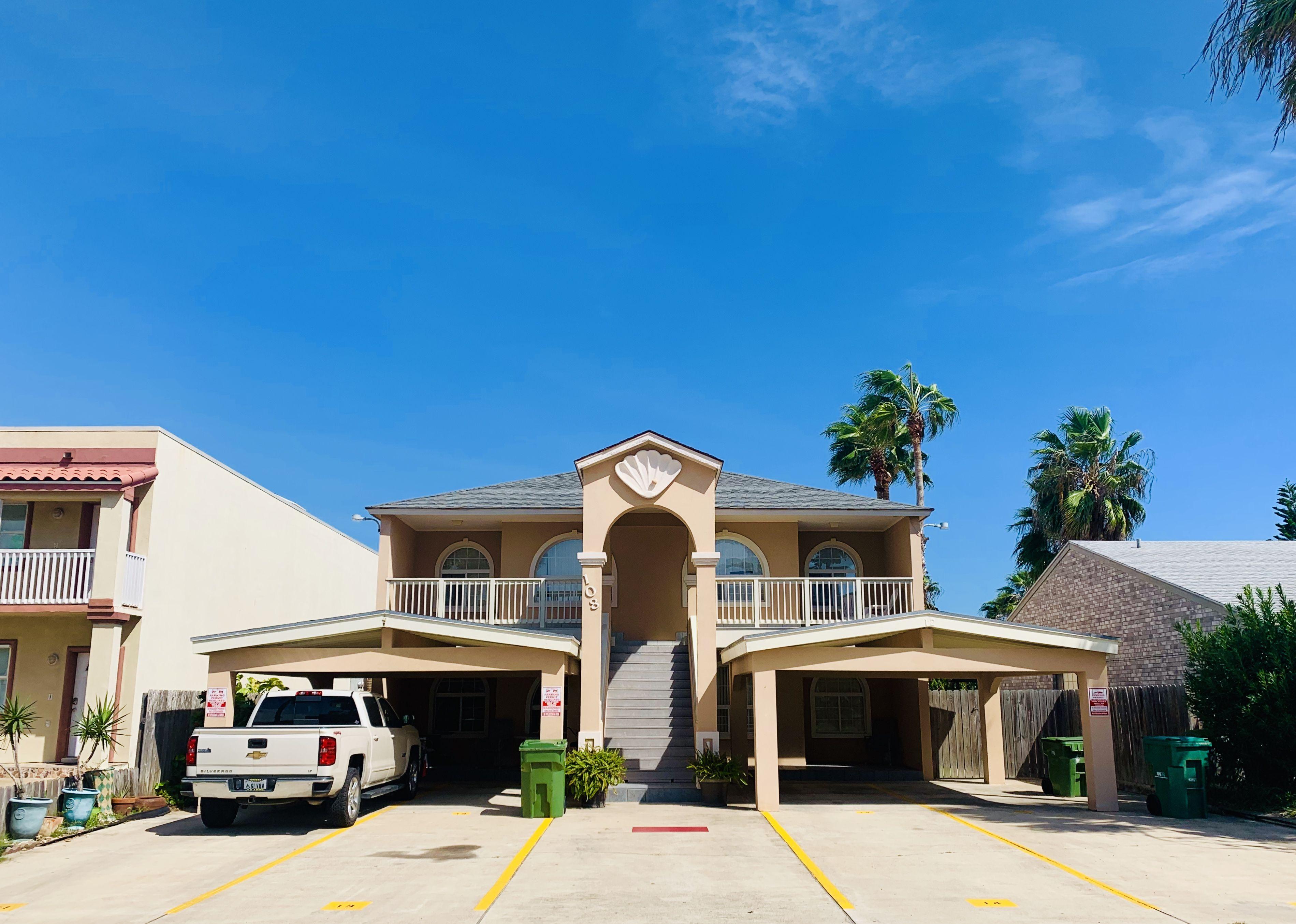 Gulf interior 22 fully furnished condo great rental