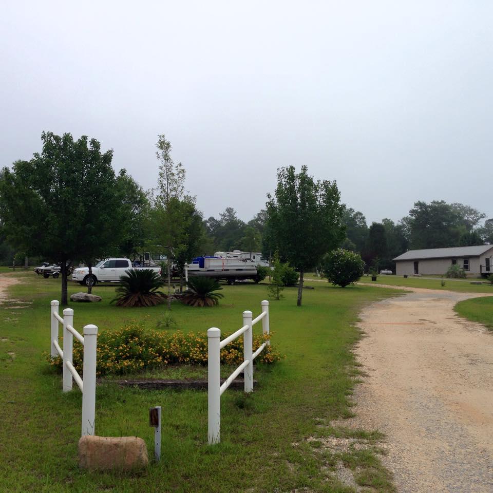 Owassa Lakeside Rv Park Evergreen Alabama Passport America Camping Rv Club Rv Parks Lakeside Park