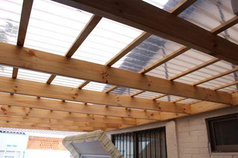 C mo hacer un techo de policarbonato en la entrada paso a - Como hacer pergolas de madera paso a paso ...