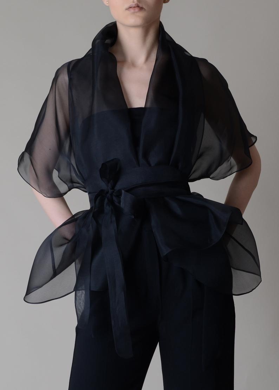 Silk organza bolero ; Silk organza blouse ; Chemis