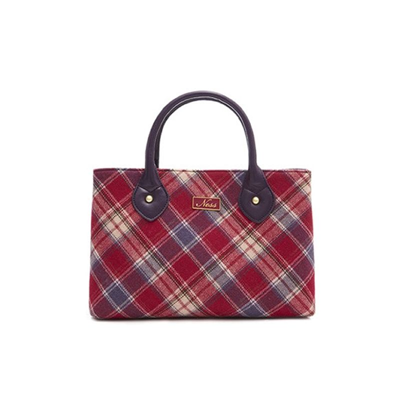 One of the most popular styles of Ness Bags, the Ebony (shown here in the Lismore tweed) would not only complement any spring outfit but would also make a great gift idea.