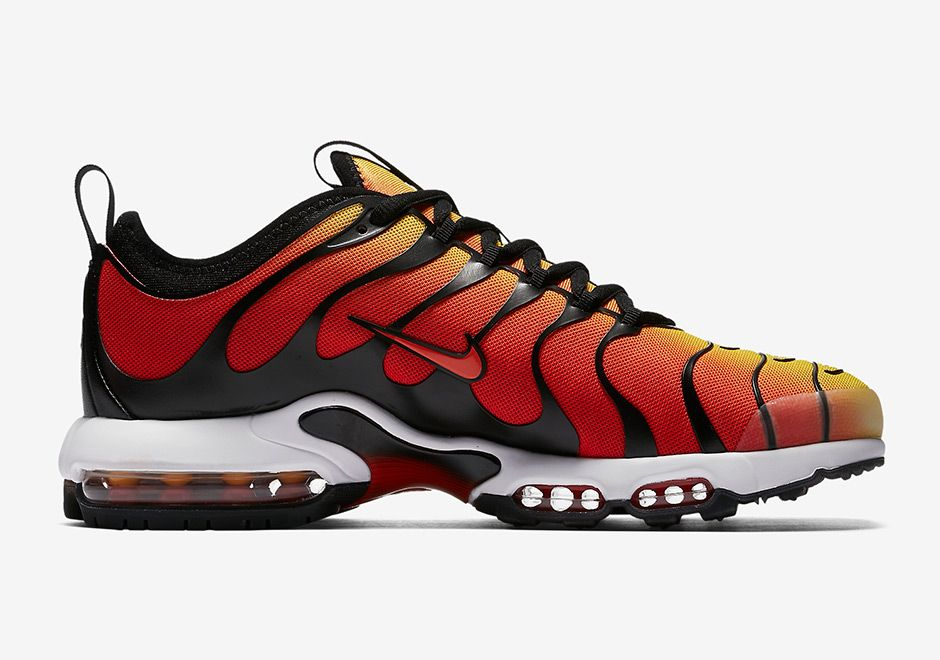 finest selection 1455a 6d6a9 DS Nike Air Max Plus TN Ultra Tiger Sunset Orange Size 9 Size 10.5   Shoes  2   Nike air max plus, Nike air max, Air max plus