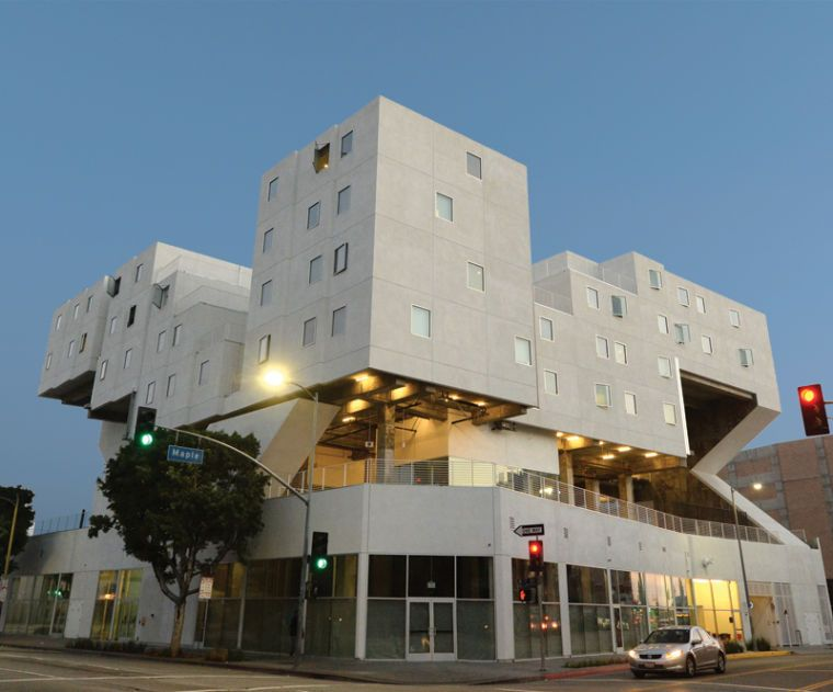 With Star Apartments Skid Row Gets A Stunning Housing Complex Skid Row Brutalist Architecture Architecture