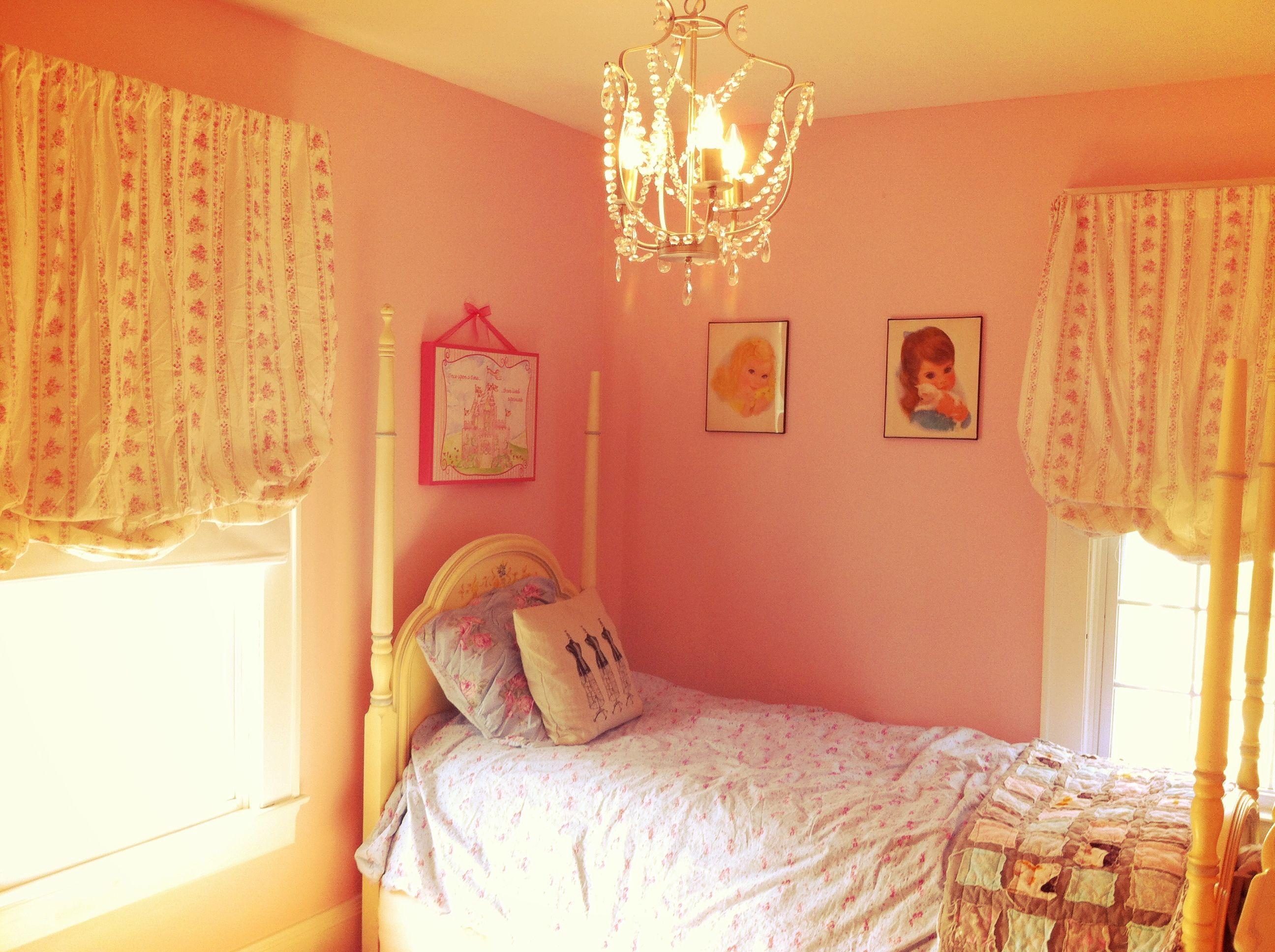 Pink girls room