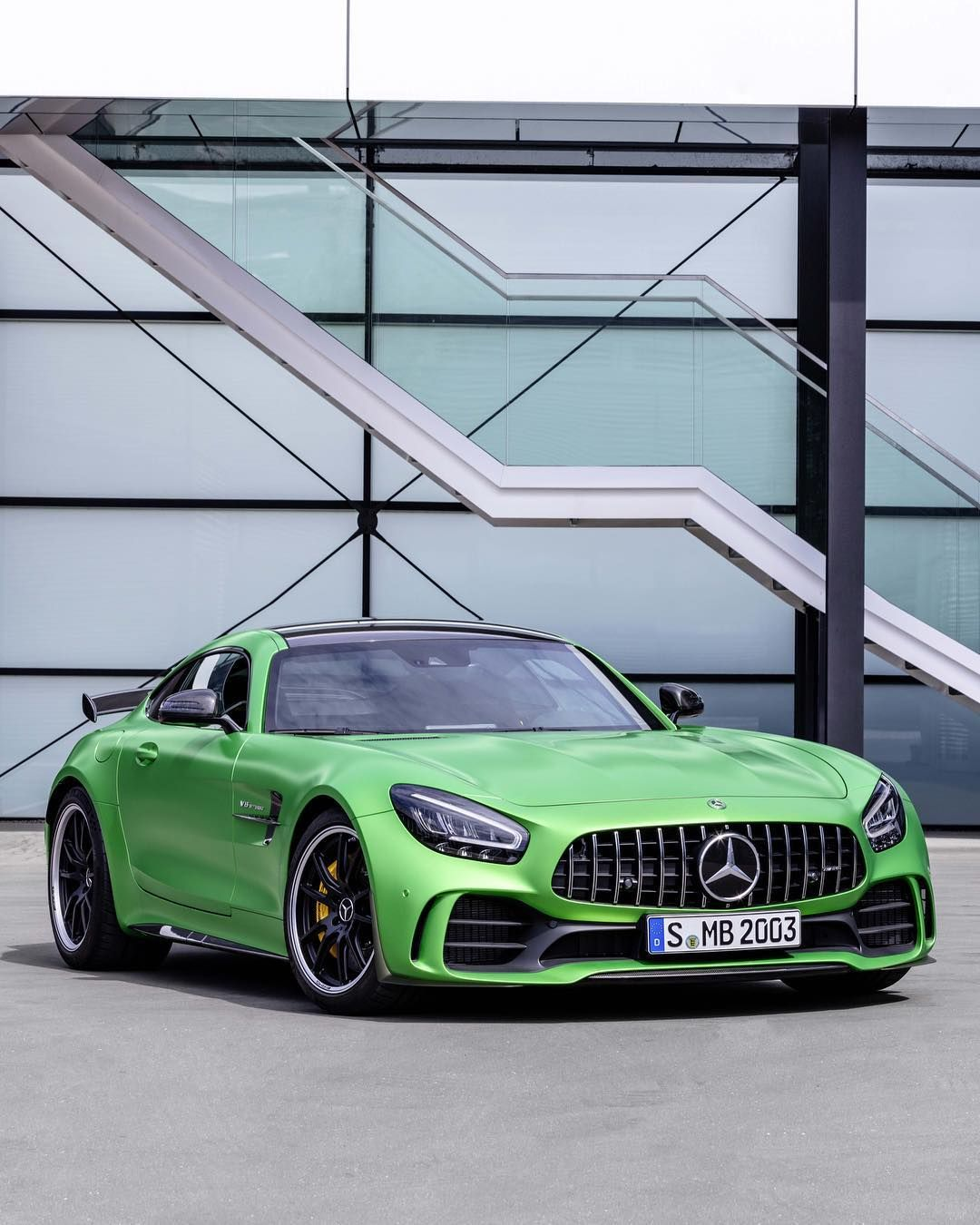 The Amg Gt Coupe And Convertibles Gets An Update For 2020
