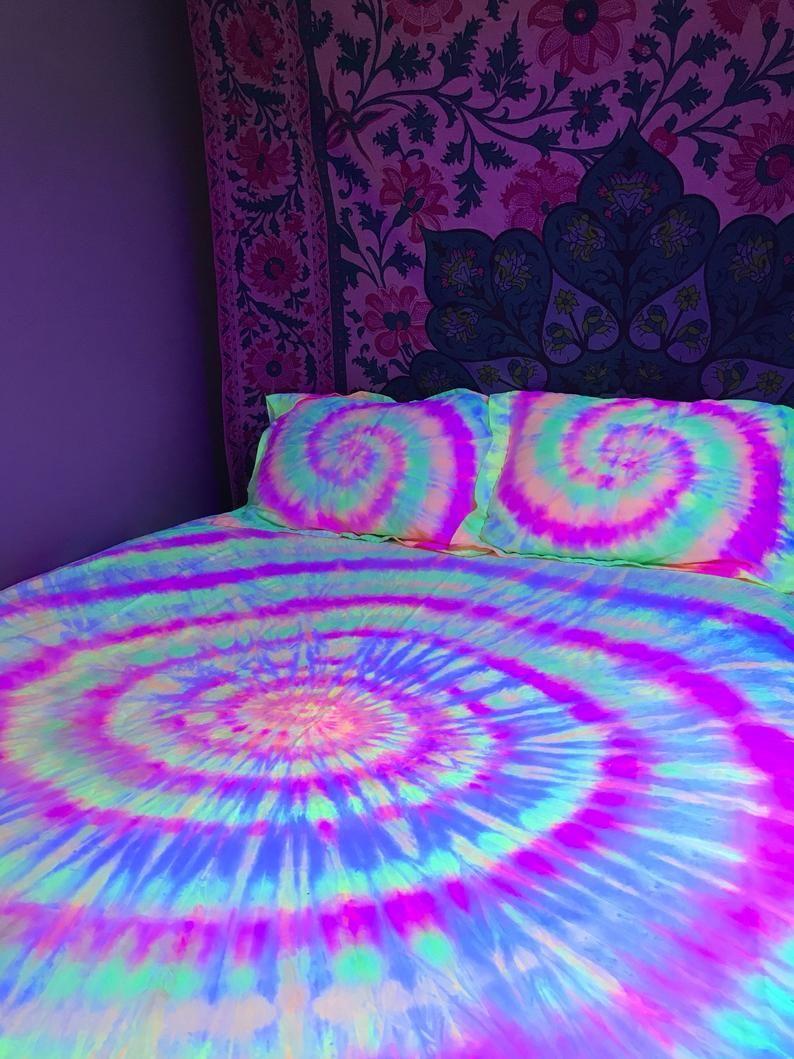 Tie Dye Black Light Reactive Sheet Set 100 Cotton 1