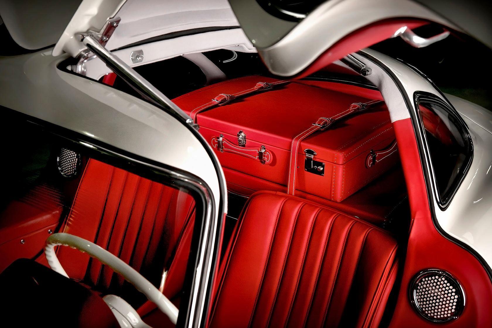 300SL bespoke luggage Mercedes interior, Mercedes benz