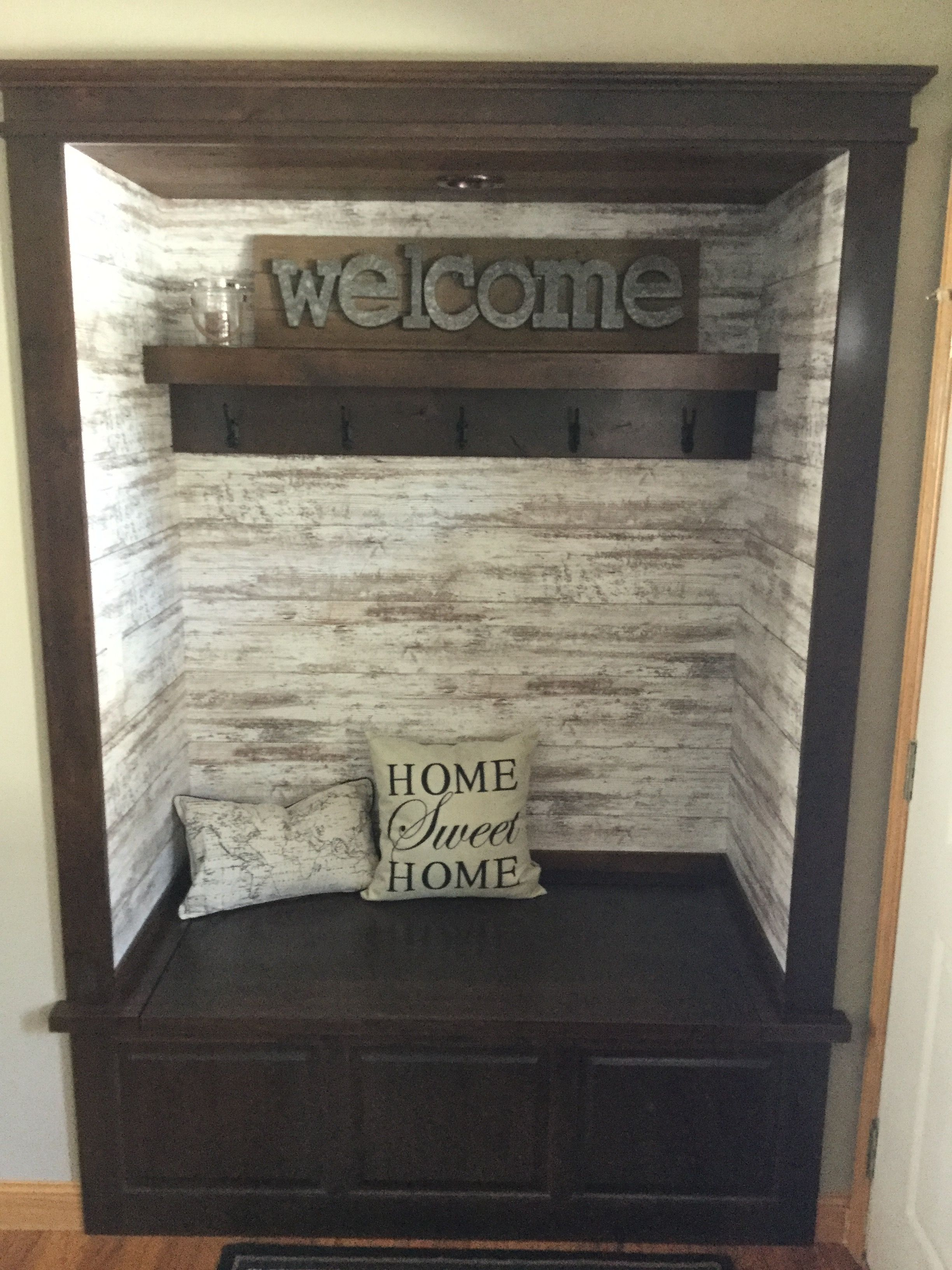 Pin By Nicole Herda On Home In 2020 Entryway Closet Closet Remodel Closet Makeover