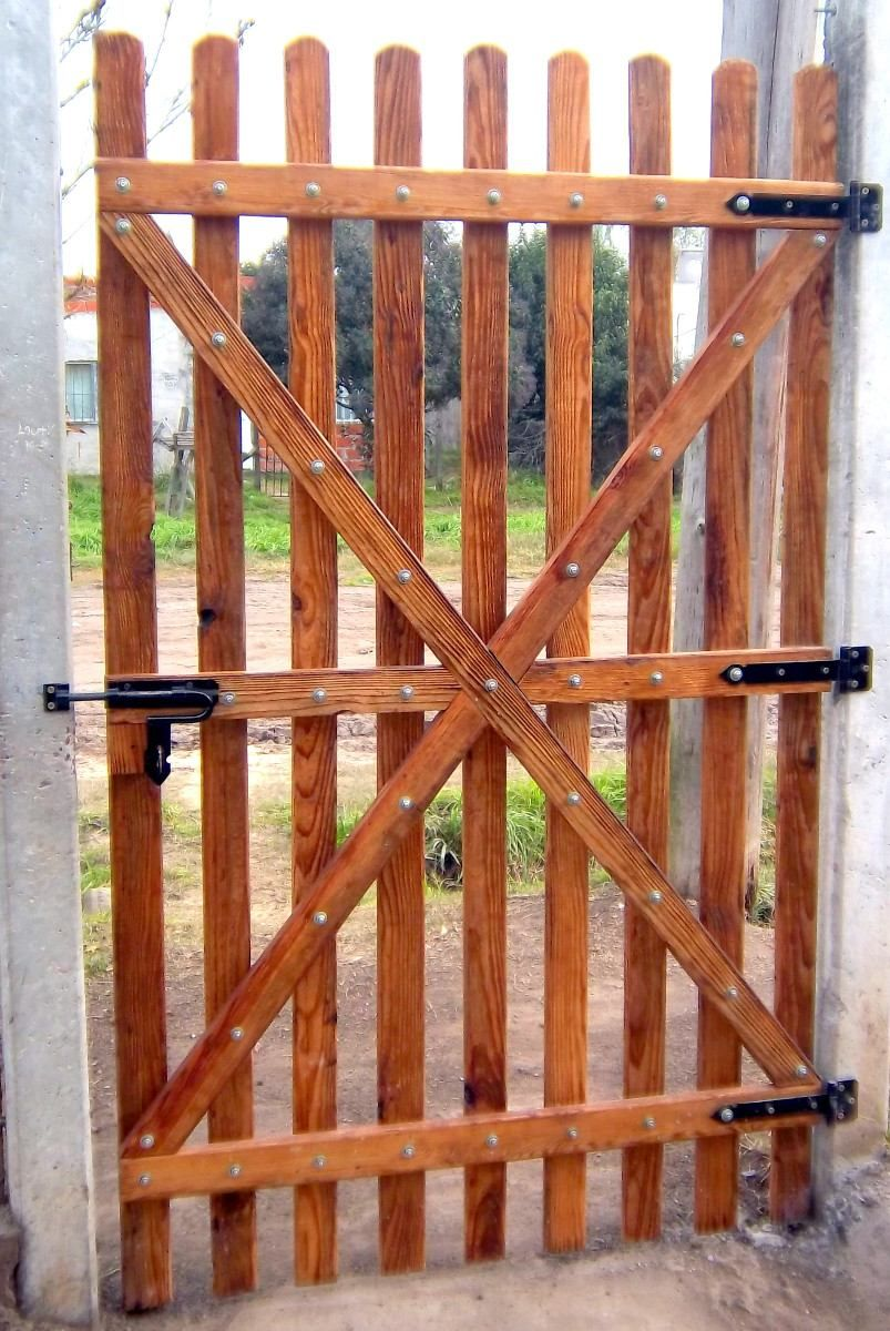 Porton portones y rejas en madera pinterest house - Rejas de madera ...