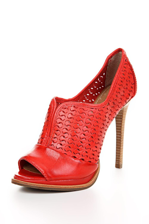ankle-boot-texturizada-4105925-dumond-calaados-vermelho-80001335357.jpg (1000×1500)