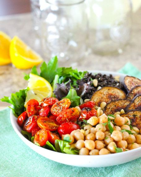 The Middle Eastern Chickpea Bowl