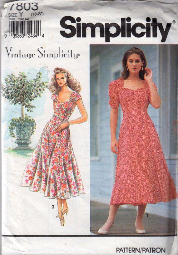 Vintage Simplicity 7803 Womens Princess Seam Dress Pattern Peek A
