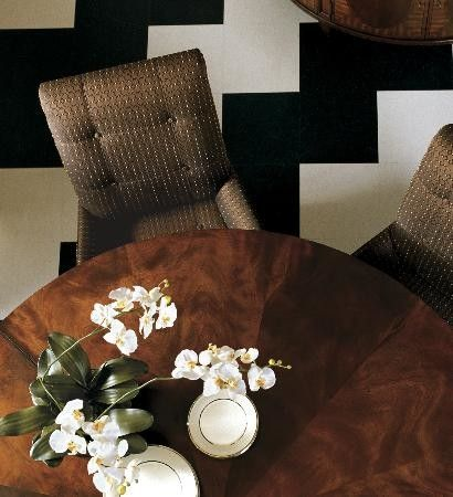 Decorating Room Ideas with Nice Interior Designs: Transitional Dining Room With Circular Table Ethan Allen Design