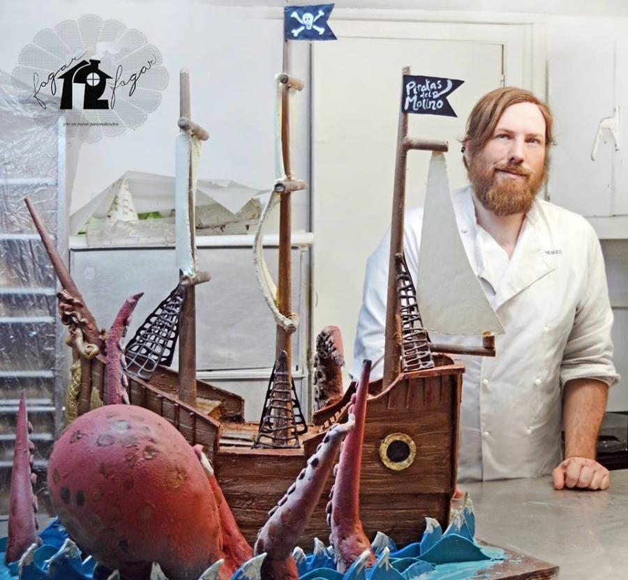 Chocolate sculpture: Cracken attacks a pirate ship! - Cake by Daniel Diéguez