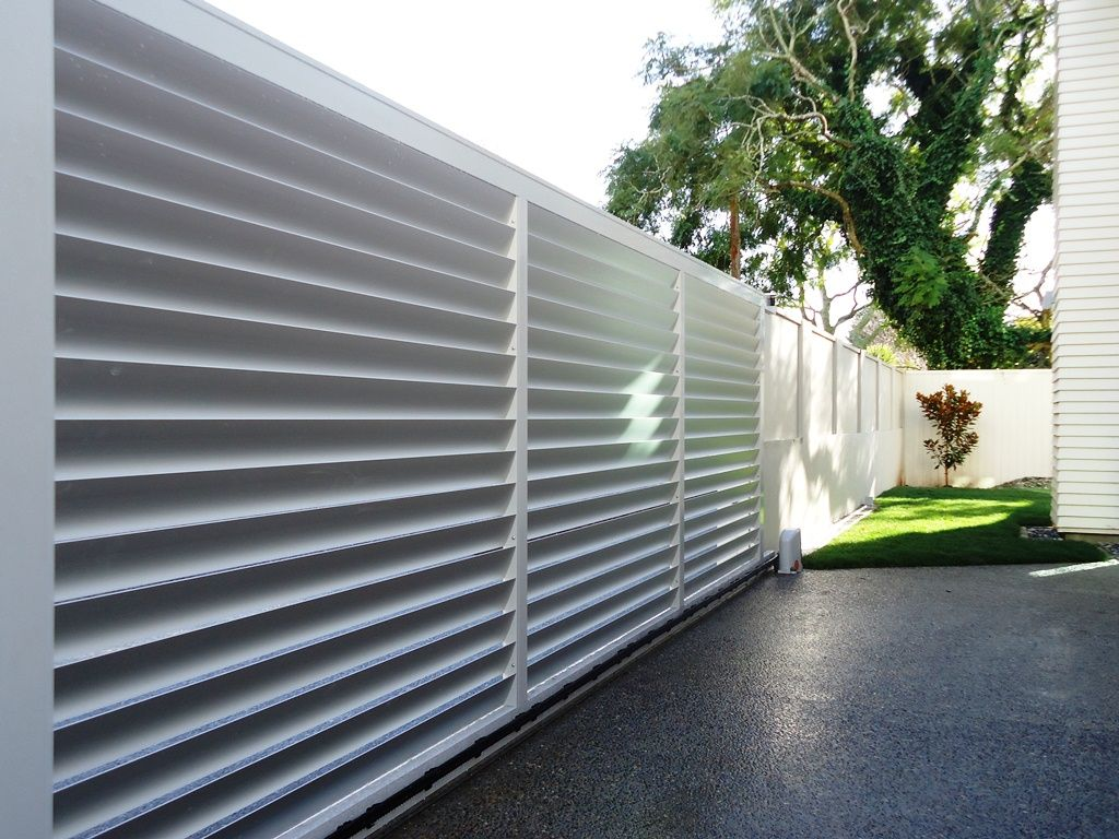 Suncoast Fencing provides a range of privacy screen products to ...
