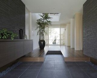 Modern Interiors, House Interiors, Ideal House, Entryway, Entrance Halls,  Houses, Interior Design, Galleries, Japanese Modern