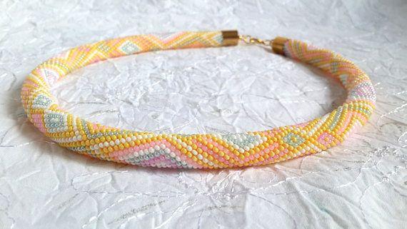 Häkeln Sie Der Sommer Sonnige Mehrfarbige Perlen Kette Aus Perlen In