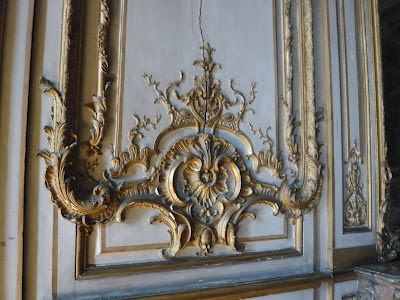 ORNAMENTAL WOODCARVER Patrick Damiaens: The ROHAN Palace in Strasbourg | CARVED PANELING | 18th century Interiors