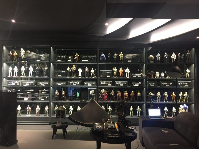 Sideshow Featured Collector Sunt Chaisirinon With Images Star Wars Collection Display Geek
