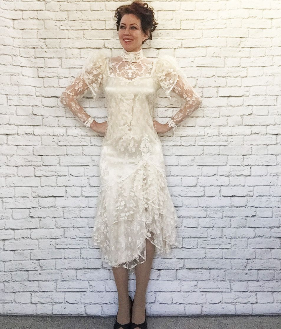 bda4f812362 Vintage 80s Does 20s Lace Wedding Dress S High Collar Dropwaist Hanky Hem  Midi Flapper Gatsby Victorian Steampunk Costume Bride by PopFizzVintage on  Etsy