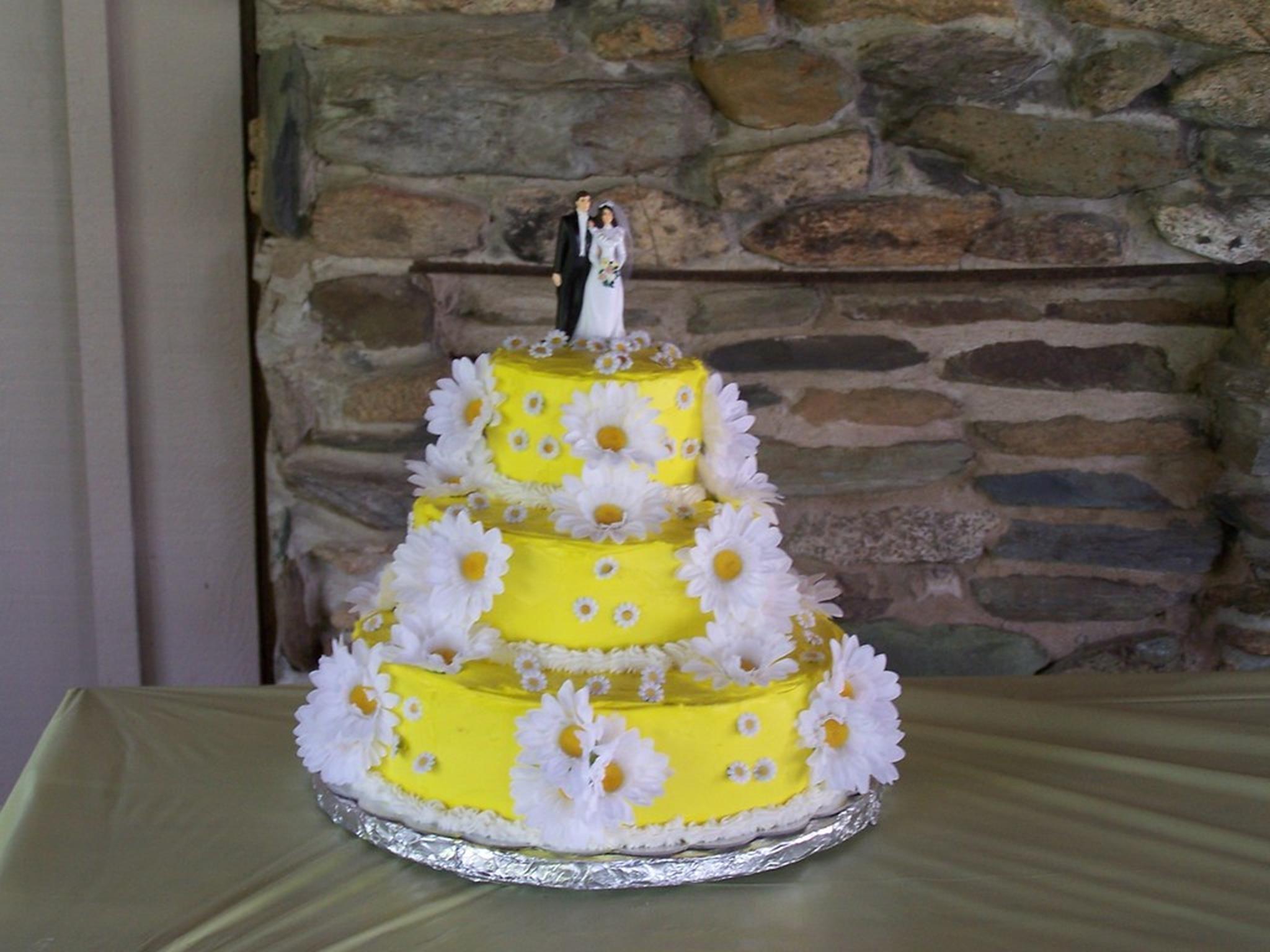 Wedding Cake Model Of Criminal Justice In 2020 Wedding Cake Sizes Wedding Cake Flavors Cake