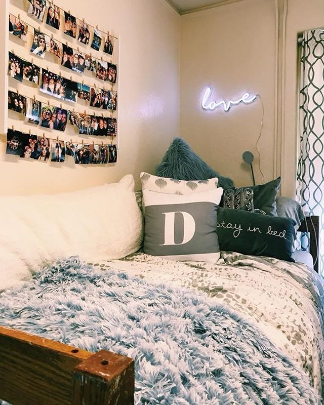 Decorative Bedroom Alarm Clocks: Pin By Morgan Lewis On Other Items