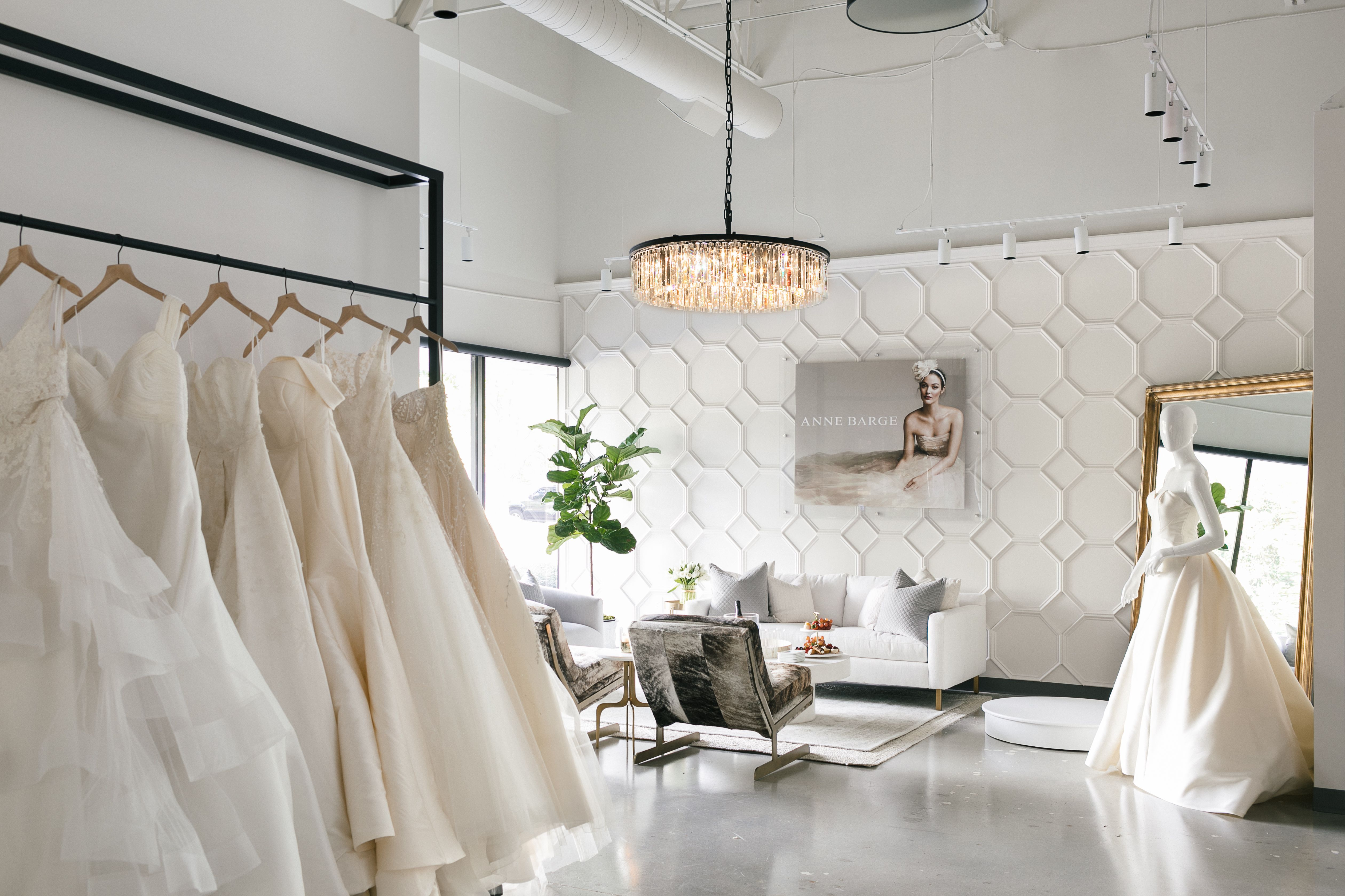 Atlanta wedding dress shops  Meghan Markleus WeddingGown Maker on uSuitsu to Open Atelier in