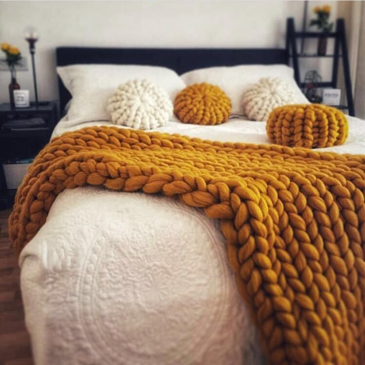 Coarse Wool Knitted Macaron Color Futon Cushion Pillow with Pillow Inner :  Home...