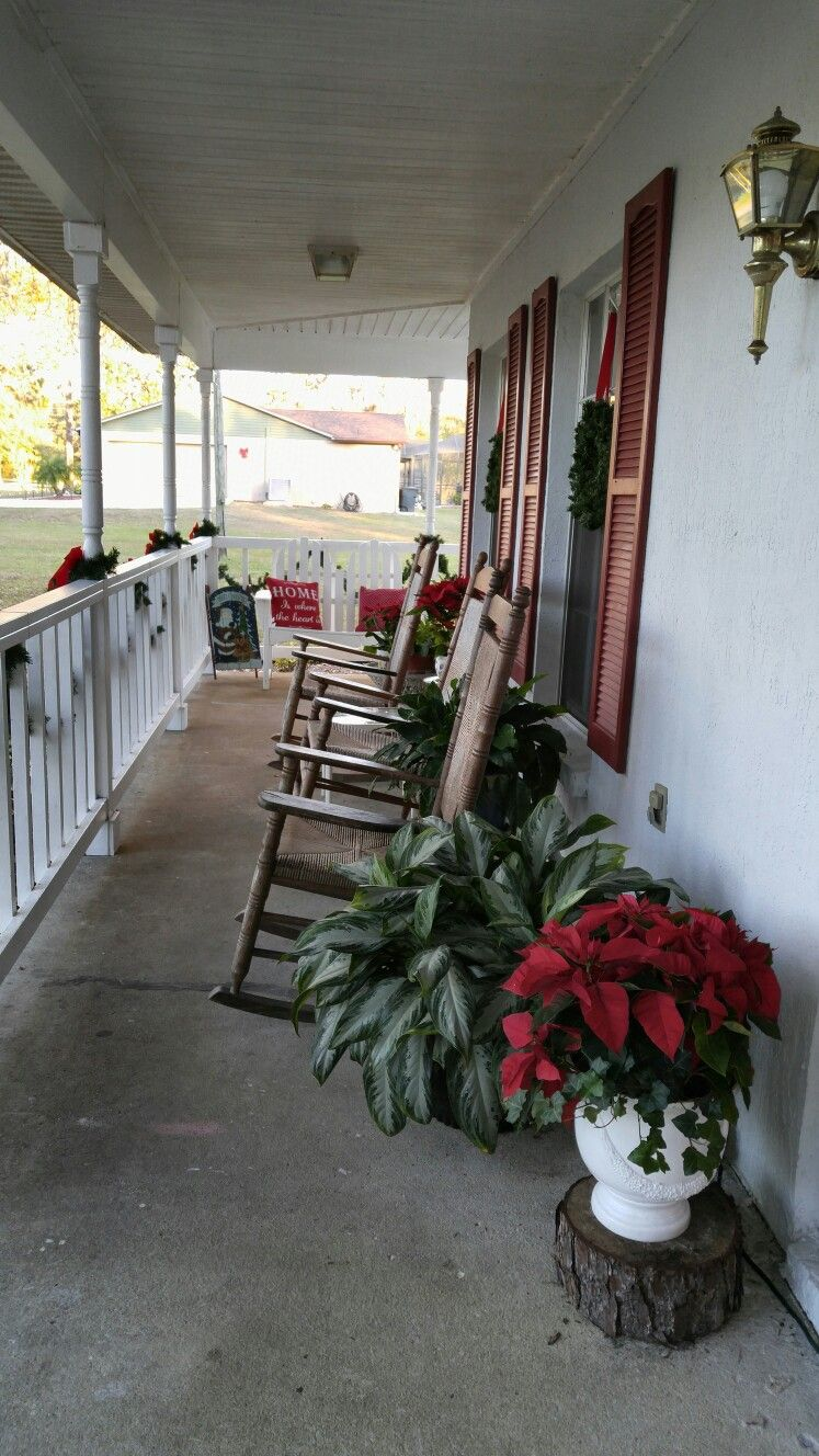 Cracker Barrel Rocking Chairs Front Porch For Christmas Front Porch Christmas Decor Rocking Chair Front Porch Christmas Porch Decor