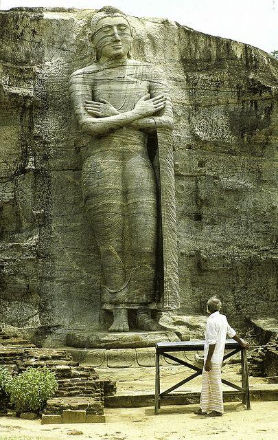 Buddha statue - Polonnaruwa - Sri Lanka