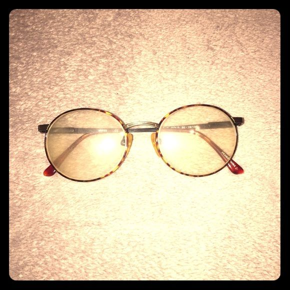 """⚡️GOLD ANTIQUE GLASSES⚡️ vintage find!! love these rare-can't find anywhere else-""""leopard spotted"""" antique reading glasses, make me an offer! no scratches, just some lil dust's to be wiped off. beautiful detail. Accessories Glasses"""