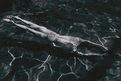 André Kertész: fotografie che reinventano la realtà ~ Fotografia Artistica Blog G. Santagata