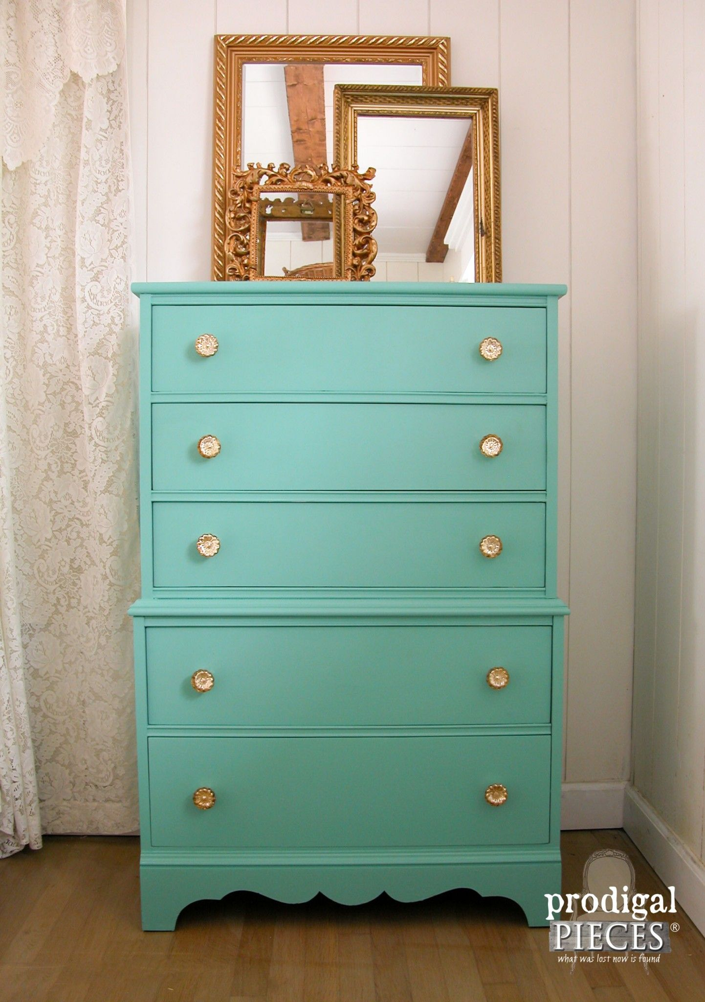 Vintage Chest Gets Modern Makeover Green Chest Of Drawers Vintage Chest Furniture