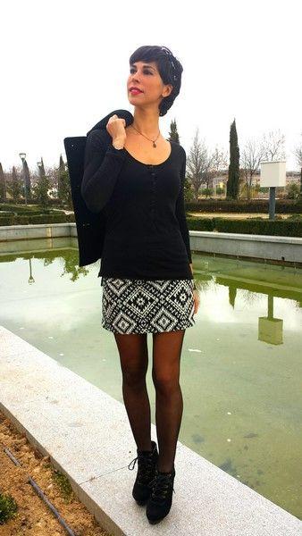 07b6f21c7 Look Qué vivan las faldas cortas!! Mini falda étnica Primark (new ...