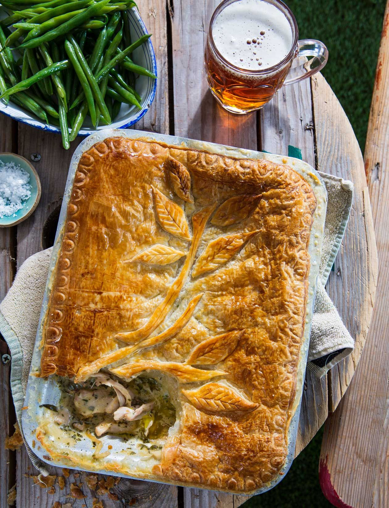 Chicken, herb and golden ale pie | Recipe | Ale pie, Steak ...