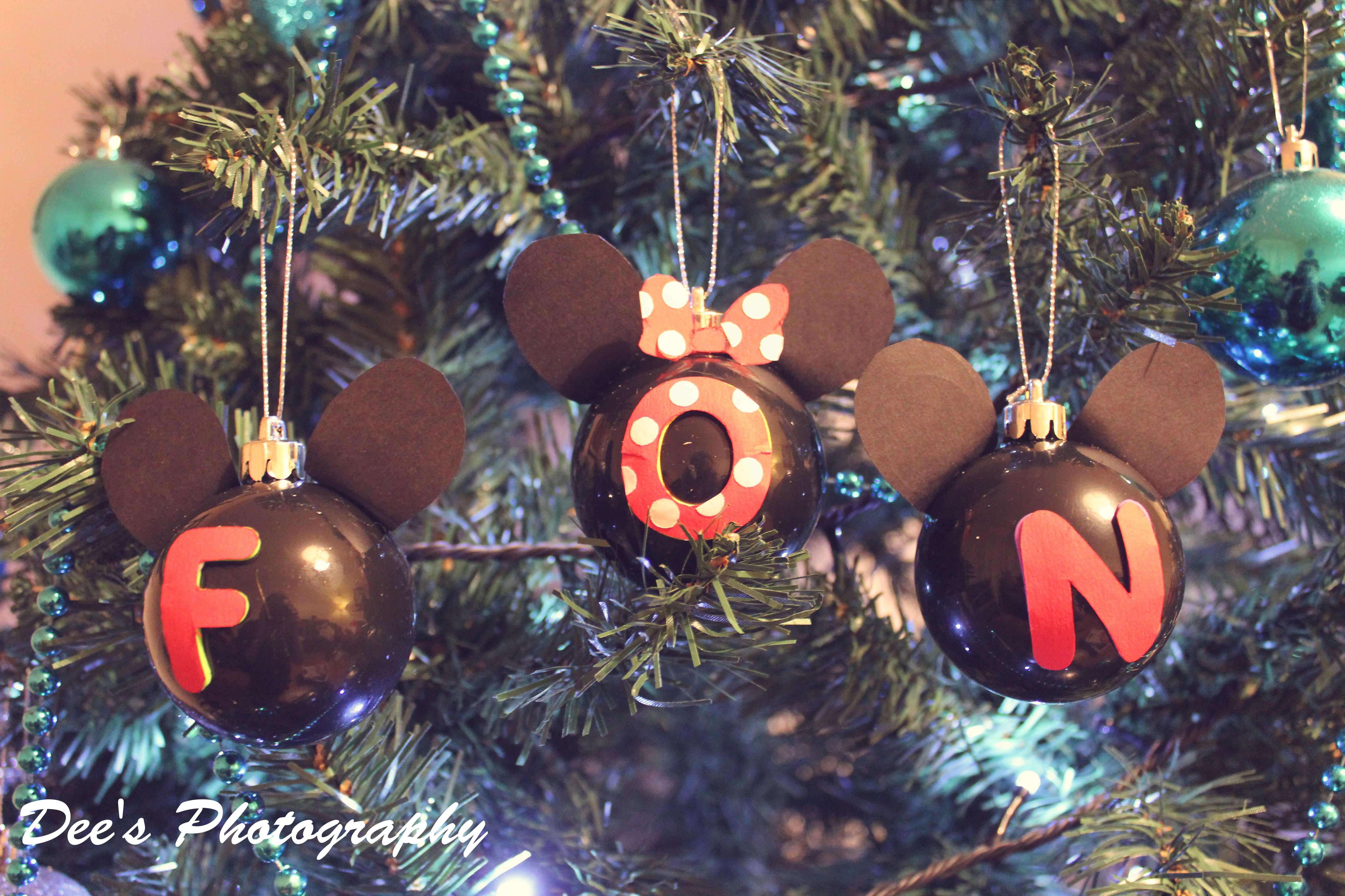Mickey mouse inspired baubles for christmas follow link for mickey mouse inspired baubles for christmas follow link for instructions https do it yourselfminnie solutioingenieria Choice Image