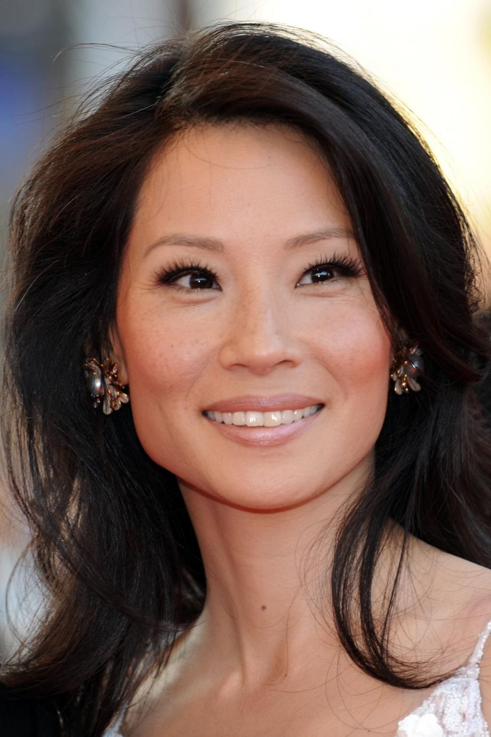 Pin By H J Kan Cpa New York Mba On Lucy Liu 071517 Pinterest