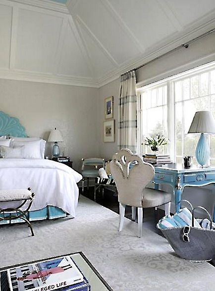 Pin By Angie Ellis On Bedrooms Beds Sitting Rooms Sitting Areas Pink Bedroom Furniture Beautiful Bedroom Designs Luxurious Bedrooms Turquoise and white pearl bedroom