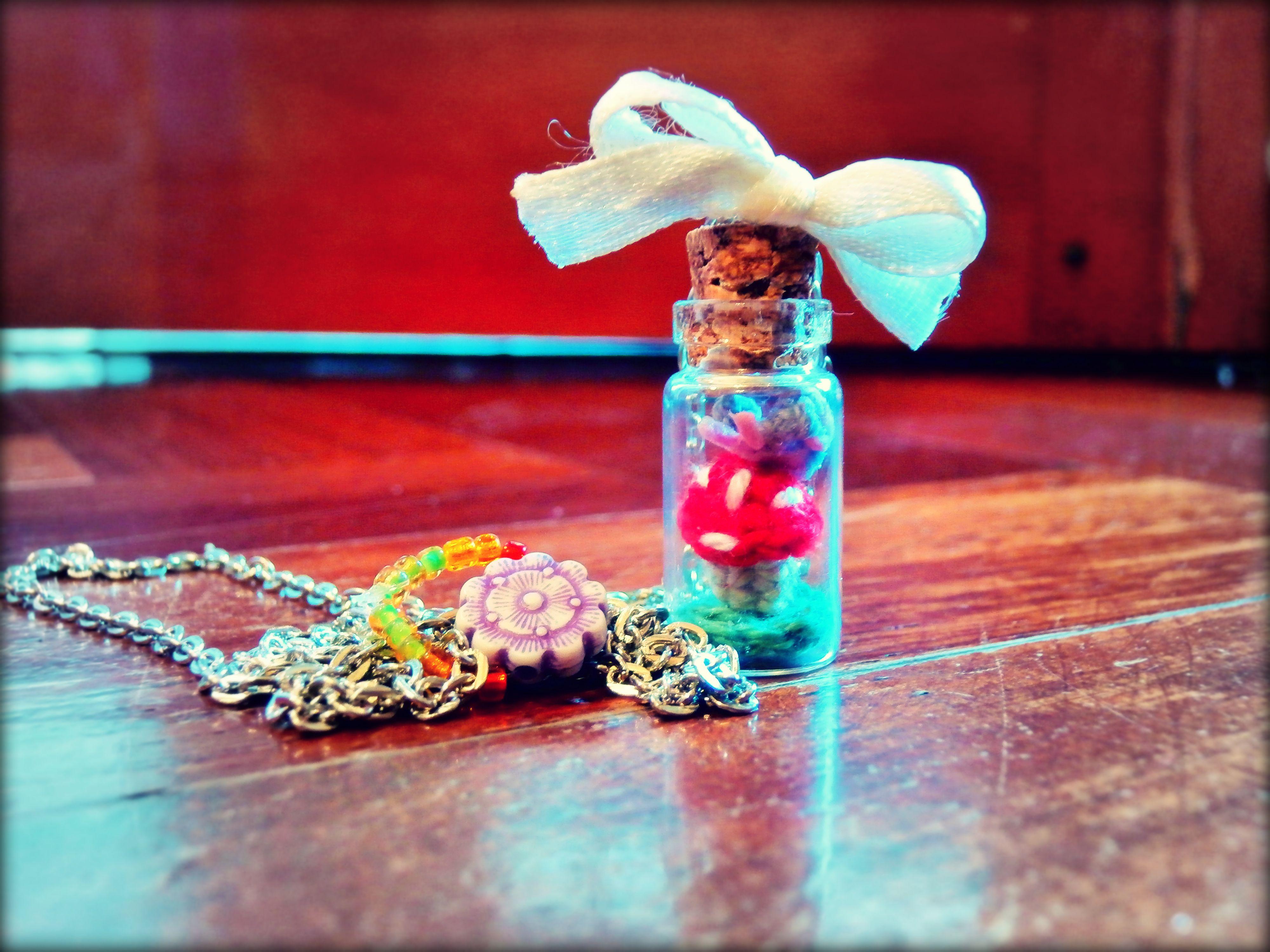 Sweet Bottles Collection - Butterfly bottle & micro-crochet ♥