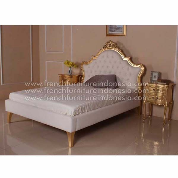 Buy Bed From Classic Furniture. We Are Reproduction 100 % Export Furniture  Manufacture With French Furniture Style And High Quality Finishing.