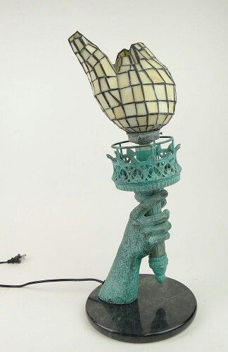 Exceptionnel Statue Of Liberty Torch Table Lamp