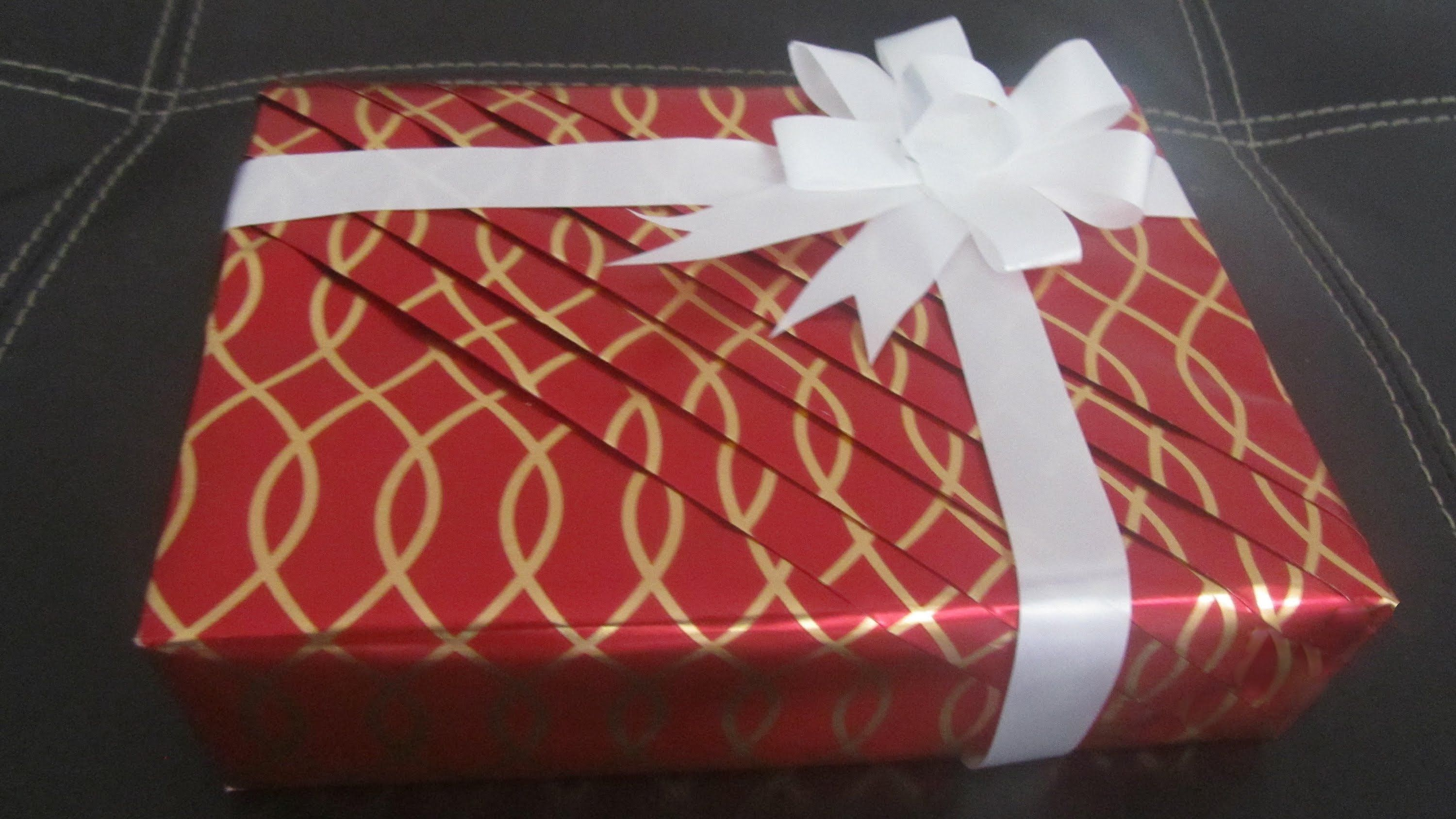 Part 1 Pleated wrapping - How to wrap your gifts in an elegent way ...