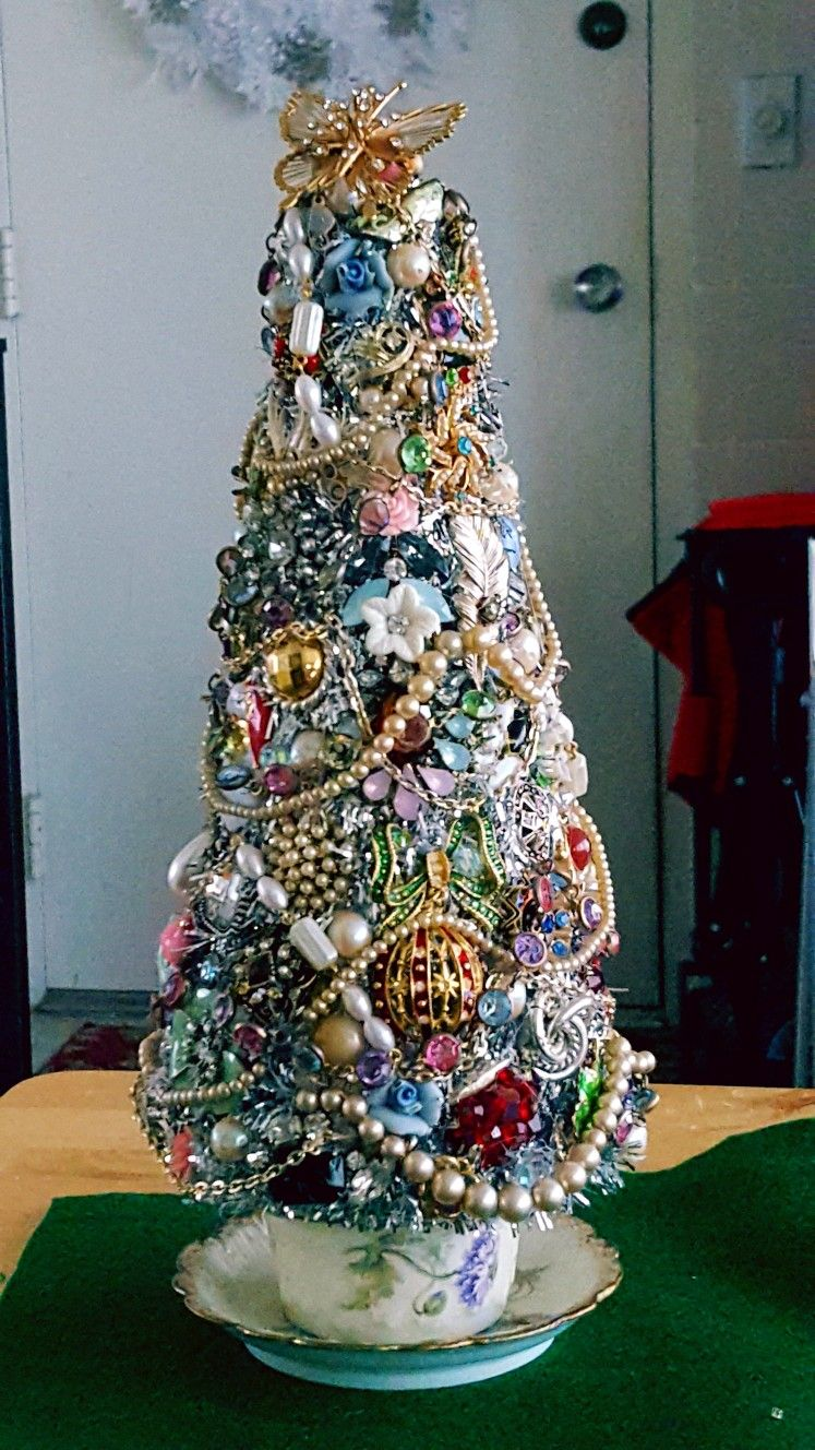 Love The Idea Of Using Old Cup And Saucer As The Base Jeweled Christmas Trees Jewelry Christmas Tree Christmas Diy