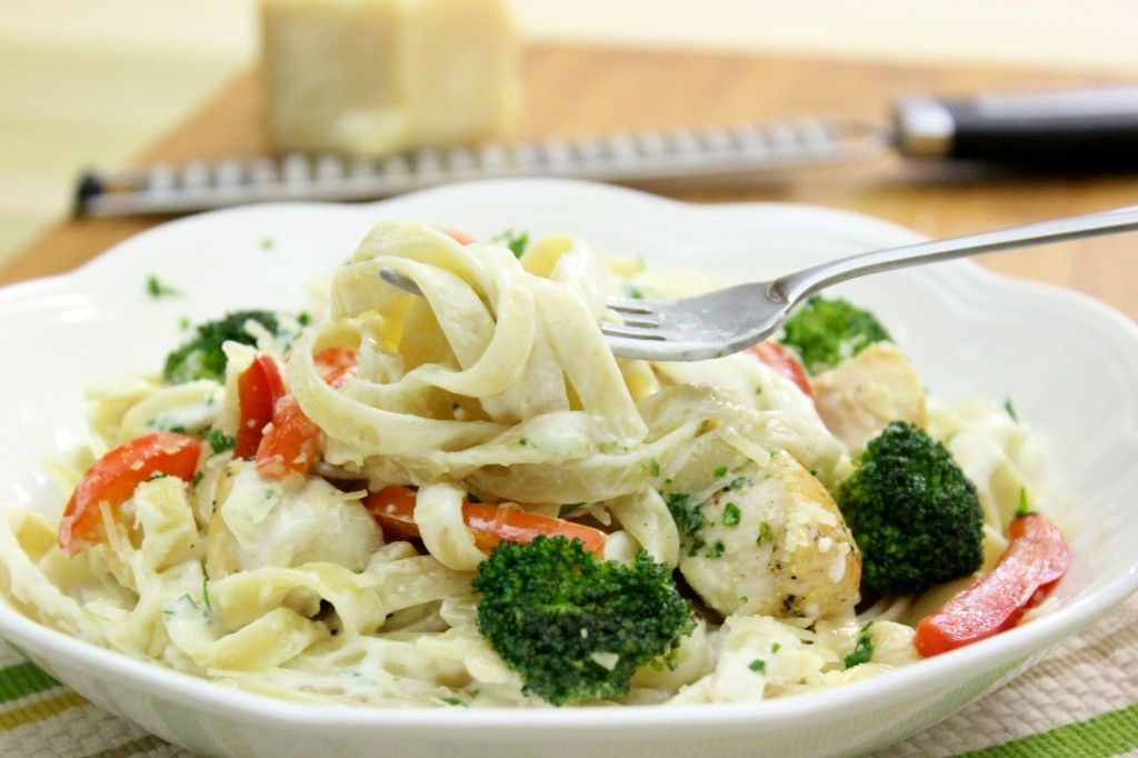 Chicken and vegetable pasta alfredo olgas flavor