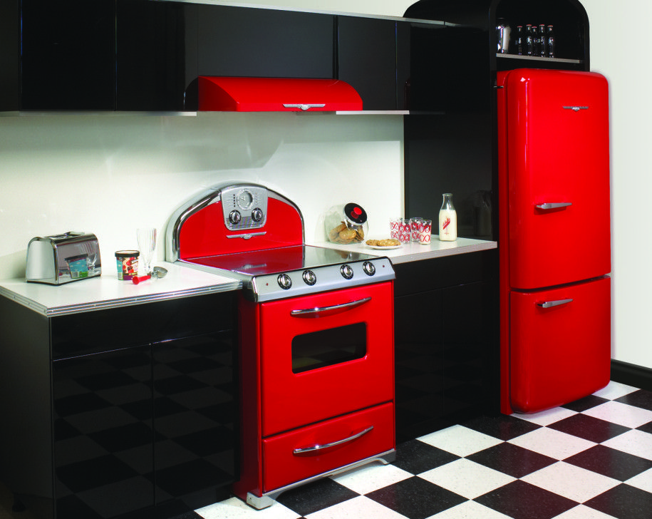 Luxurious Kitchen Design With Stylish Red Detail : Black And Red Kitchen  Design With Chessboard Floor Part 13