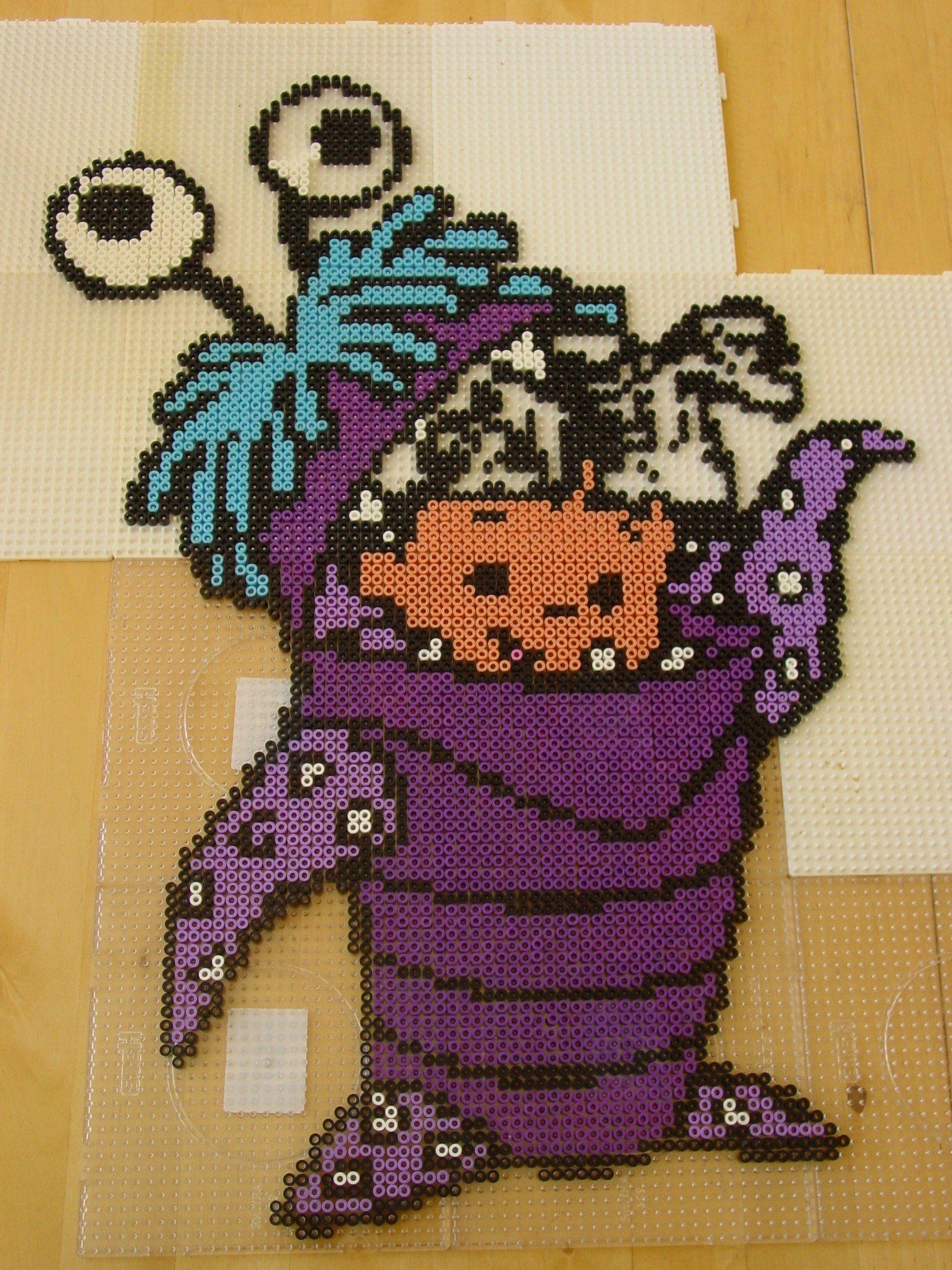 Mike från Monsters inc på logo. Hama/Nabbi pärlor.   perler bead ...